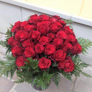 kytica z cervených ruži, pošli ruže na sv.Valentína