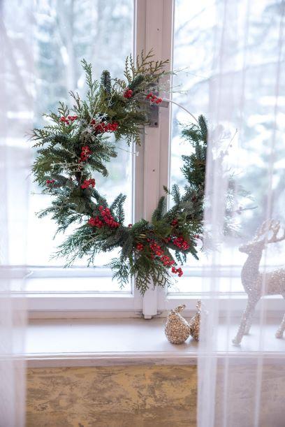 Zimné dekorácie , veniec na dvere